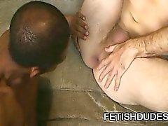 Fetisch Porno Süchtige toying seinen Esel