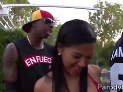 Miami Palo- kuumalla Latinas Jada Stevens- ja Emy Reyes