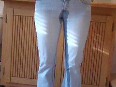 Peeing Mes Jean - Juste une idiote de vidéo