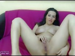 Real Arab Masturbates Her Clit On Webcam