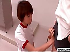 Schoolgirl Japon Ağzına A Cock İşleri