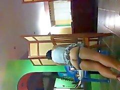 Sexy geile Latina Humps een tabel