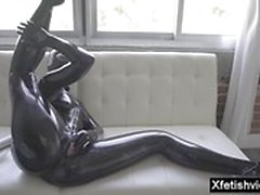 Hot Pornostar Latex und Cumshot