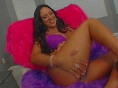 Alexas Texas Big Booty vagabunda com Mariah Milano
