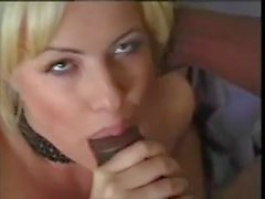 SexyItalainMom Getting a BlackCock