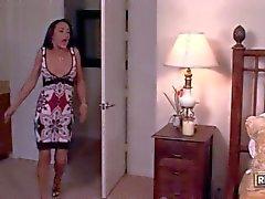 Mamãs lésbicas de Michelle de Leigos eo Zoe de Britton