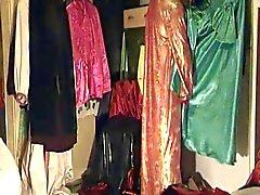 Franzi im Samtmantel und orientalischen Kleid