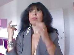 FRENCH amateur Mature sex addict enculee a sec !