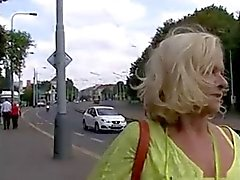 Manchmal auch Money Talks # 4 ( Busty Blonde Oma GILF ! )