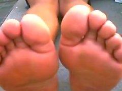 Arab Girls Stinky Feet Outside