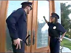 P.A.W.G polis får en stor kuk i hennes röv