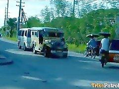 Keskimäärin turisti kaveri väittää hänen ensimmäinen Filipina sex video
