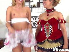 Лез webcamshow при Алия любви и лизание коробку