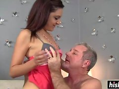 Nikki Chase gets her cunt plunged hard