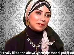 hot abaya models