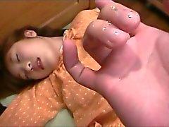 El coño digitación japonesa delicadas adolescente de dándole primer Chupada Oral