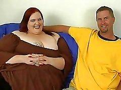Lihava tyttö saa naulataan riitä