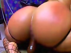 Hardcore latin girl extreme fists booty n squirts all over