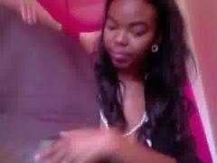 Bree Caraamore - quick nipple slip
