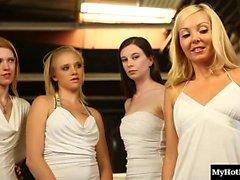 Алия Любовь и Шила Дженнингс два прекрасных лесбиянкам .