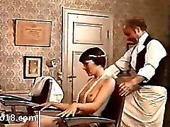 Retro Erotisierung mit Doktor