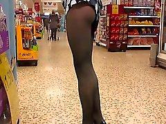 Black pantyhose shopping