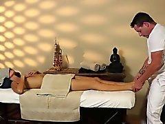 salle de massage très délicate de masseur délicat
