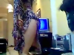 hot qatarien girl dancing so sexy