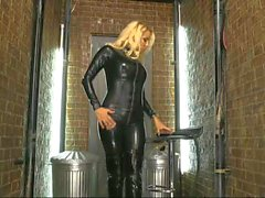 Dannii Harwood Latex Borracha Catsuit