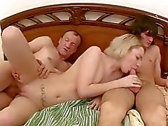 Hot sweetheart shows off her blowjob skills