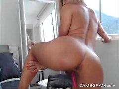 Cute Big Boobs Camgirl Masturbating With Toy