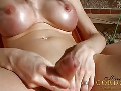 Mariana Cordoba getting sun