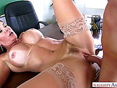 Vídeos Pornográficos HD de minun 1. seksi Opettajien uhkaavan - fearsome Janet Mason