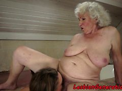 Young lesbo muffdiving grannys sweet pussy