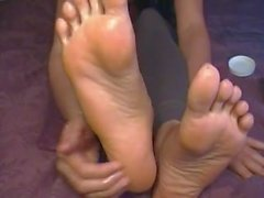 Big feet and long toes oil massage