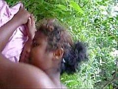 Adolescente preto de blackscrush fodido ao ar livre