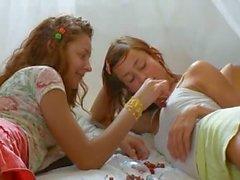 Deli rusça lezbiyen vajina yeme