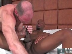 papá negro cogida gordito blanco
