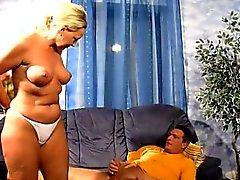naughty - hotties - amateur Germany milf