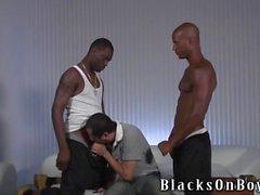 Бит Полненькие латино любительская парень получает ебаня в жопу по чернокожие чуваков