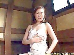 Mature babe Mina Toujou Goes part2