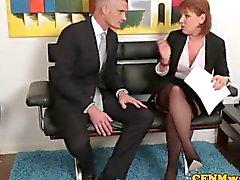 A humilhação Mulheres Dominantes com os sopros Stephanie