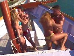 Piranhas Do Brasil 0030 - Boat Attack