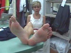 GRANNIE NUDE FEET SOLES - saf