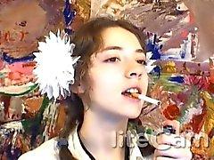 Adolecente Rusia fetiche que fuma cuelga la