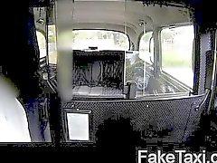 Loira com tesão fodido Taxi capota