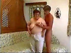 Grande grosse mamie Baisées
