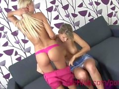 Pinky and Samantha licking and fingering pussy XXX HD