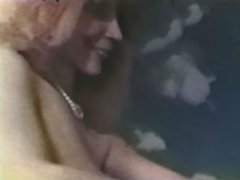 European Peepshow Loops 404 1970's - Scene 3
