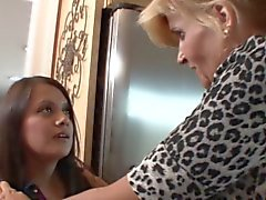 Blonde MILF her stepdaughter seduce the maid